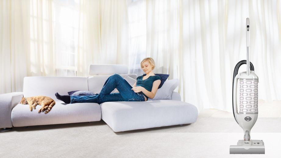 SEBO Garantie zufriedene Kundin - Felix 1 Premium White