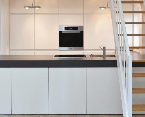 Moderne Einbauküche - Vorne